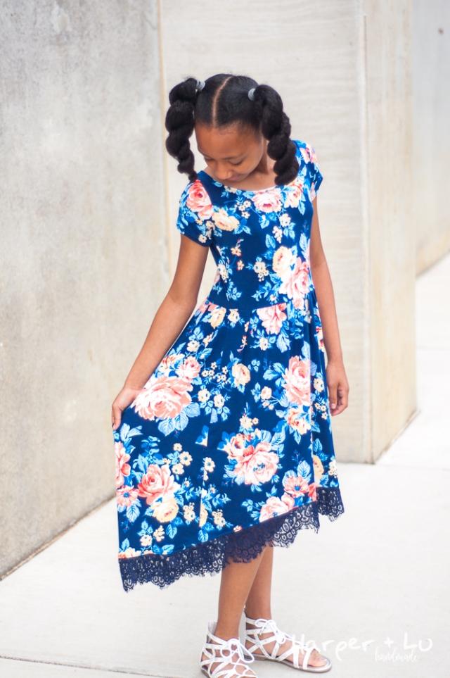 Blog - Bluezette Tour - So Sew English Corrine Floral Fabric-0682